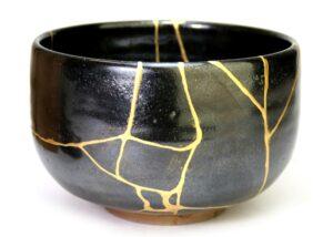 Kintsugi Japanese art bowl with gold cracks